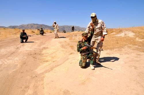 I parà addestrano le truppe curde in Iraq 11