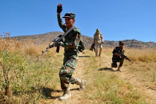 I parà addestrano le truppe curde in Iraq 2
