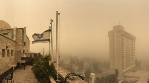 Tempesta di sabbia sul Medioriente 23