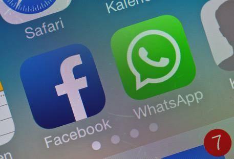 WhatsApp, falla ha messo a rischio 200 milioni di utenti