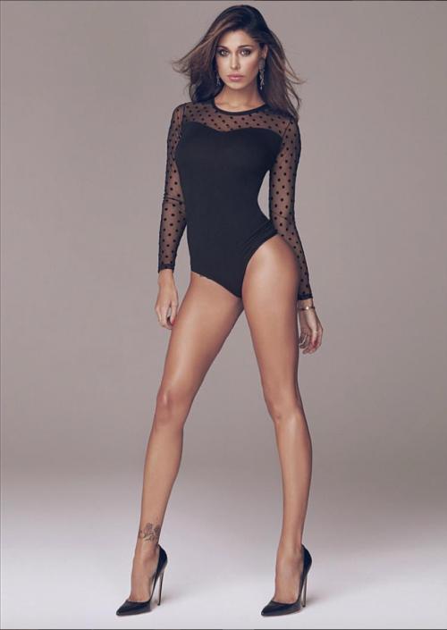 Belen Rodriguez sexy in abito da sposa 13