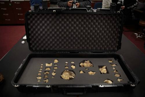 I resti dell'Homo Naledi, nuova specie umana 2
