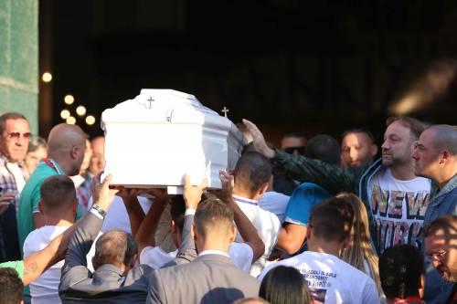 Il rione Sanità ricorda Genny, morto a 17 anni 10