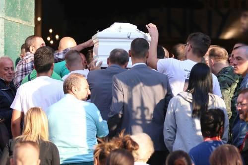 Il rione Sanità ricorda Genny, morto a 17 anni 9