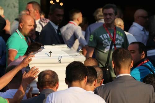 Il rione Sanità ricorda Genny, morto a 17 anni 11