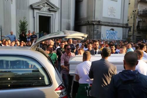 Il rione Sanità ricorda Genny, morto a 17 anni 13