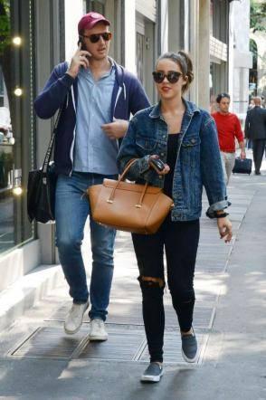Aurora Ramazzotti con il bodyguard a Milano 7