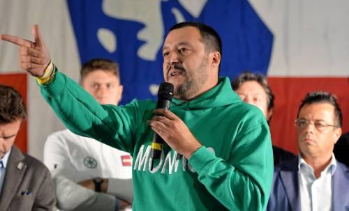 """Salvini tira dritto: """"No alle vecchie frittate di centrodestra"""""""