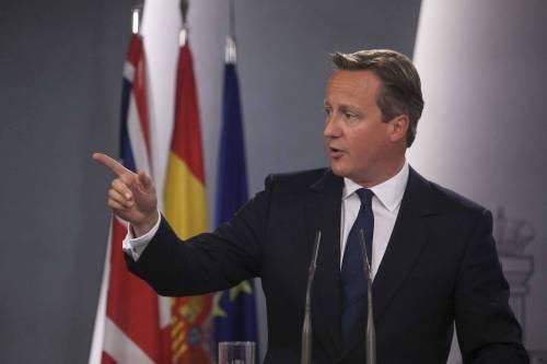 """Brexit, Cameron trema: """"Se usciamo da Ue è a rischio la pace"""""""