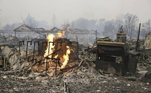 California divorata dalle fiamme. 400 case distrutte 4