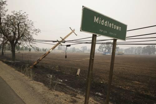 California divorata dalle fiamme. 400 case distrutte 9