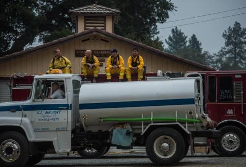 California divorata dalle fiamme. 400 case distrutte 8