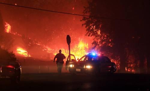 California divorata dalle fiamme. 400 case distrutte 15