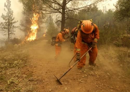 California divorata dalle fiamme. 400 case distrutte 20