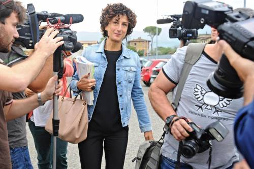 Agnese Renzi va a scuola 10