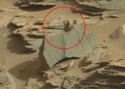 Le foto su Marte che fanno discutere gli ufologi 2