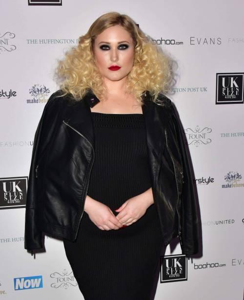Hayley Hasselhof: la modella curvy più richiesta 4