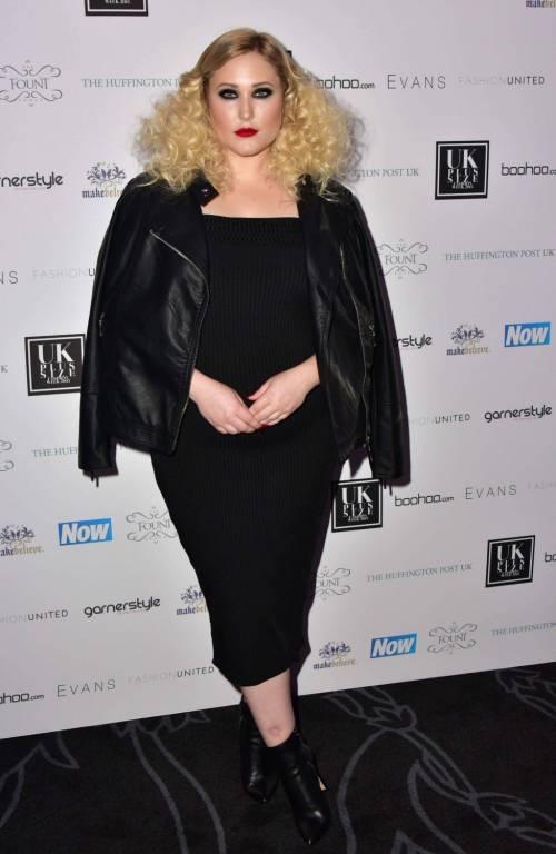Hayley Hasselhof: la modella curvy più richiesta 6