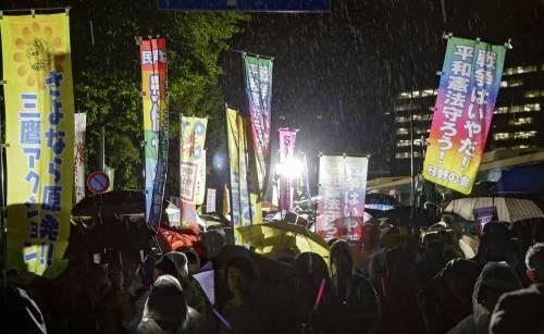 Il Giappone scende in piazza contro il riarmo 19