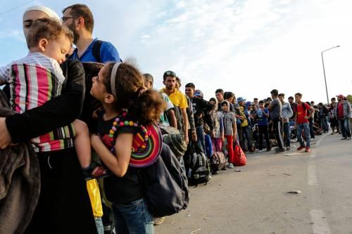 Immigrazione, i bimbi in marcia lungo la rotta balcanica 3