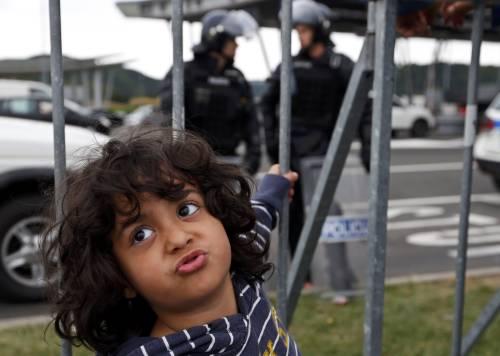 Immigrazione, i bimbi in marcia lungo la rotta balcanica 7