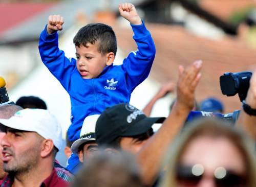 Immigrazione, i bimbi in marcia lungo la rotta balcanica 8