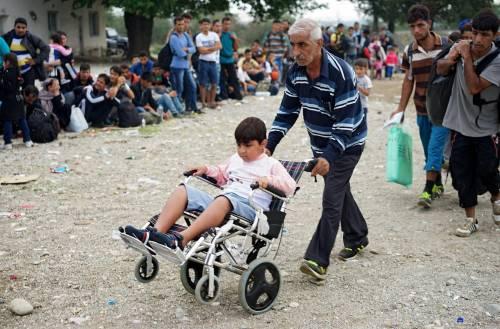Immigrazione, i bimbi in marcia lungo la rotta balcanica 14