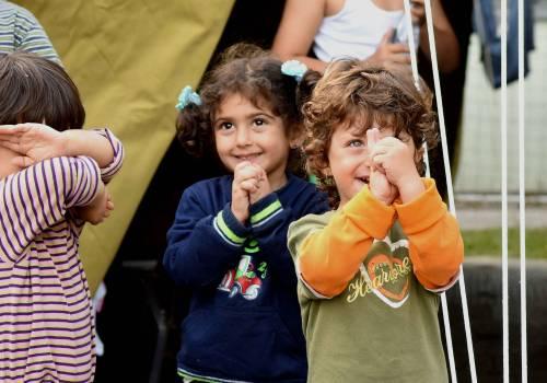Immigrazione, i bimbi in marcia lungo la rotta balcanica 16