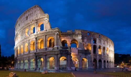 """""""Il Colosseo? Un mucchio di rovine"""" Così i turisti stranieri demoliscono i monumenti italiani su Tripadvisor"""
