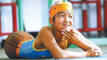 """Qian Hongyan, """"Basketball Girl"""" 5"""