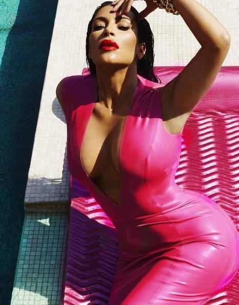 Kim Kardashian sexy su Instagram 6