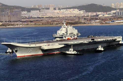 Siria, ora la Cina schiera portaerei e incrociatori contro lo Stato islamico