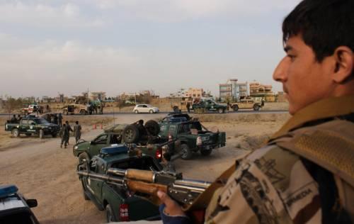 La polizia afghana prepara la controffensiva a Kunduz