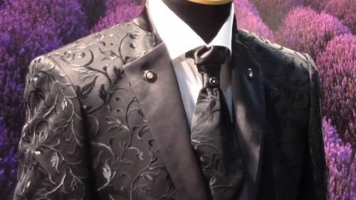 Gay Bride tra accessori, abiti e look stravaganti 4