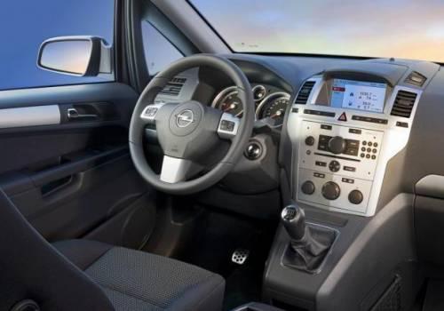 Opel finisce sotto accusa: i sospetti sulla Zafira