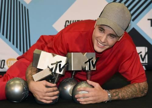 MTV EMA 2015, red carpet stellare a Milano 6