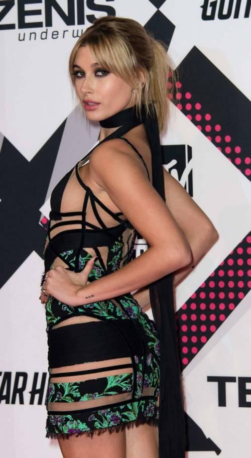 MTV EMA 2015, red carpet stellare a Milano 17