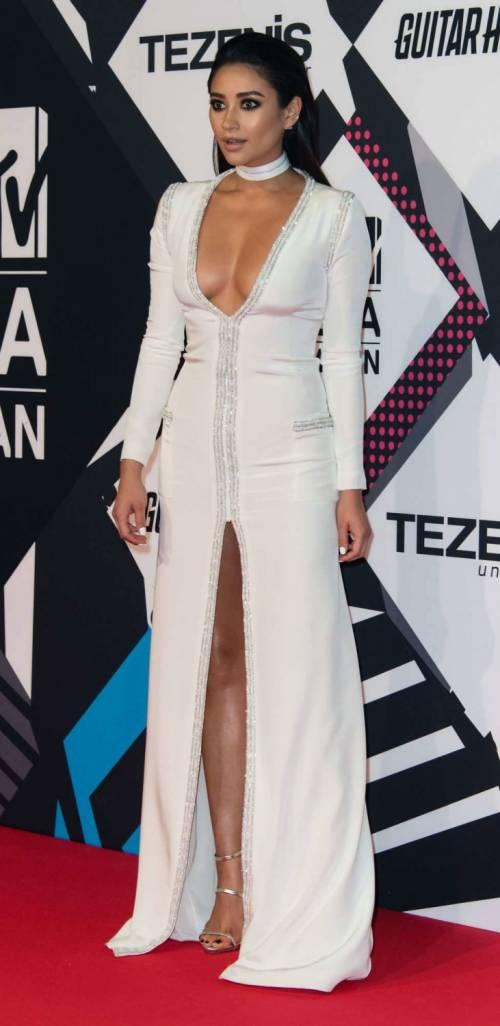 MTV EMA 2015, red carpet stellare a Milano 18