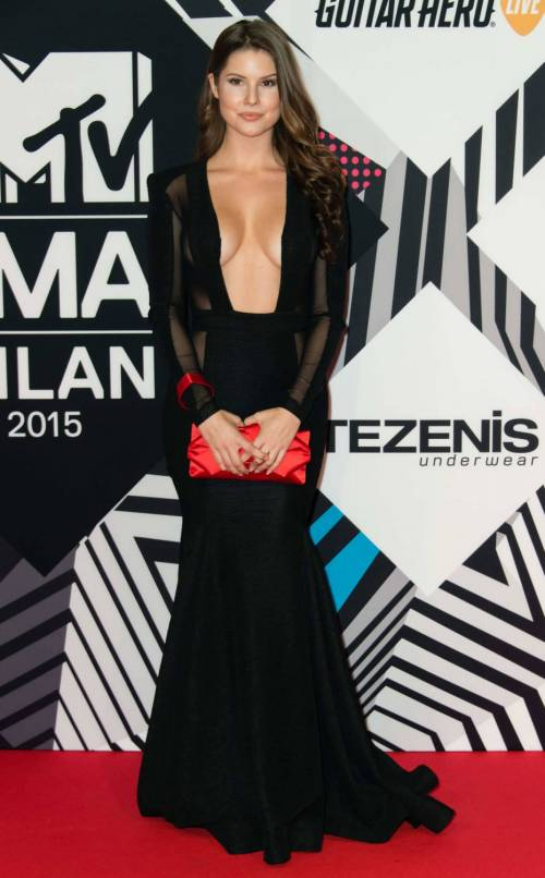 MTV EMA 2015, red carpet stellare a Milano 50