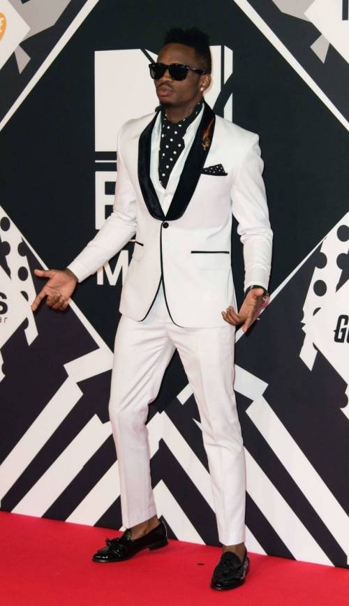 MTV EMA 2015, red carpet stellare a Milano 41