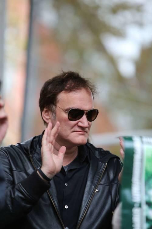 """Scaramuccia tra polizia e Tarantino: """"È un depravato che va boicottato"""""""
