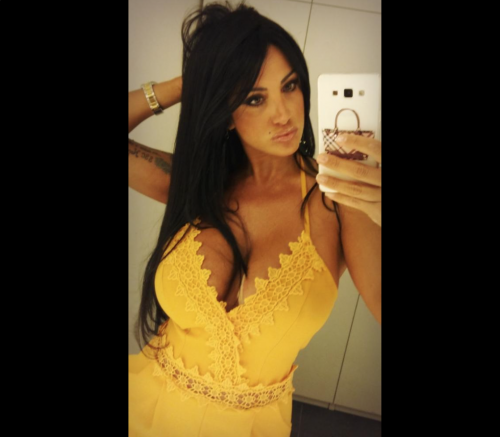 Marika Fruscio nuda e procace su Twitter 12