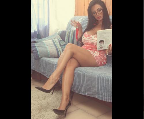 Marika Fruscio nuda e procace su Twitter 26
