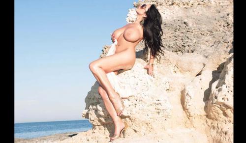 Marika Fruscio nuda e procace su Twitter 74