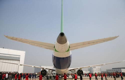 Da oggi la Cina ha un suo aereo di linea 9