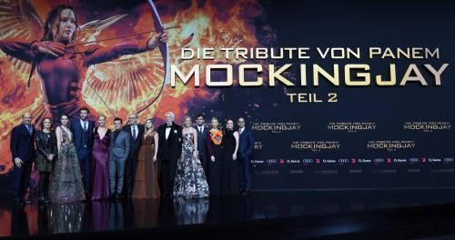 Hunger Games: protagoniste senza reggiseno a Berlino 22