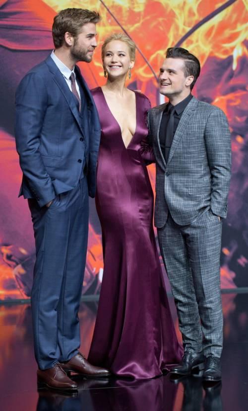 Hunger Games: protagoniste senza reggiseno a Berlino 6