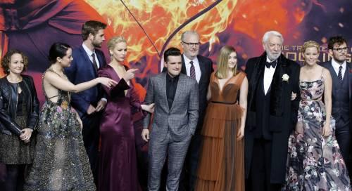 Hunger Games: protagoniste senza reggiseno a Berlino 11