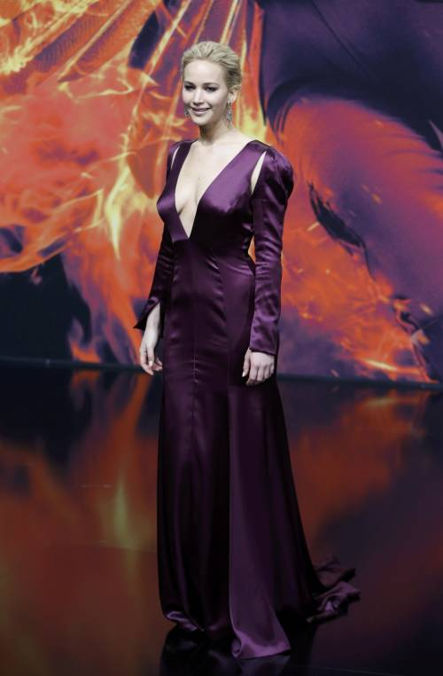 Hunger Games: protagoniste senza reggiseno a Berlino 12