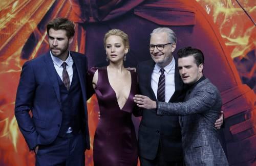 Hunger Games: protagoniste senza reggiseno a Berlino 14